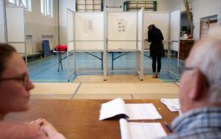 Stemlokaal_provinciale_verkiezingen_2015_(16668953348)