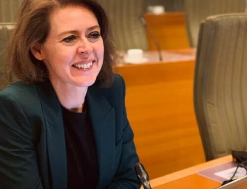 Vlaams Parlement zet gendergelijkheid en vrouwen- en meisjesrechten in Afghanistan op de agenda